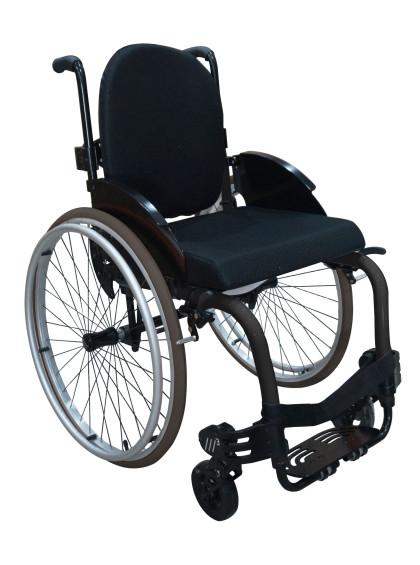 Cadeira de Rodas Monobloco M3 44cm Grafite com Pneus Cinza Ortobras