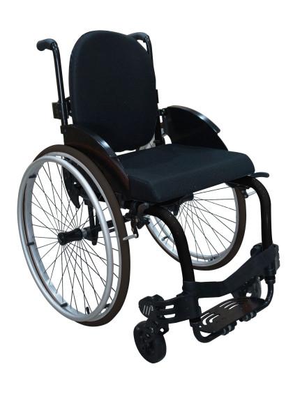 Cadeira de Rodas Monobloco M3 42cm Preto com Pneus Cinza Ortobras