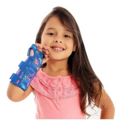 Tala para Punho com Dedos Livres Infantil Direita Curta 13-15cm Chantal - Casa Médica